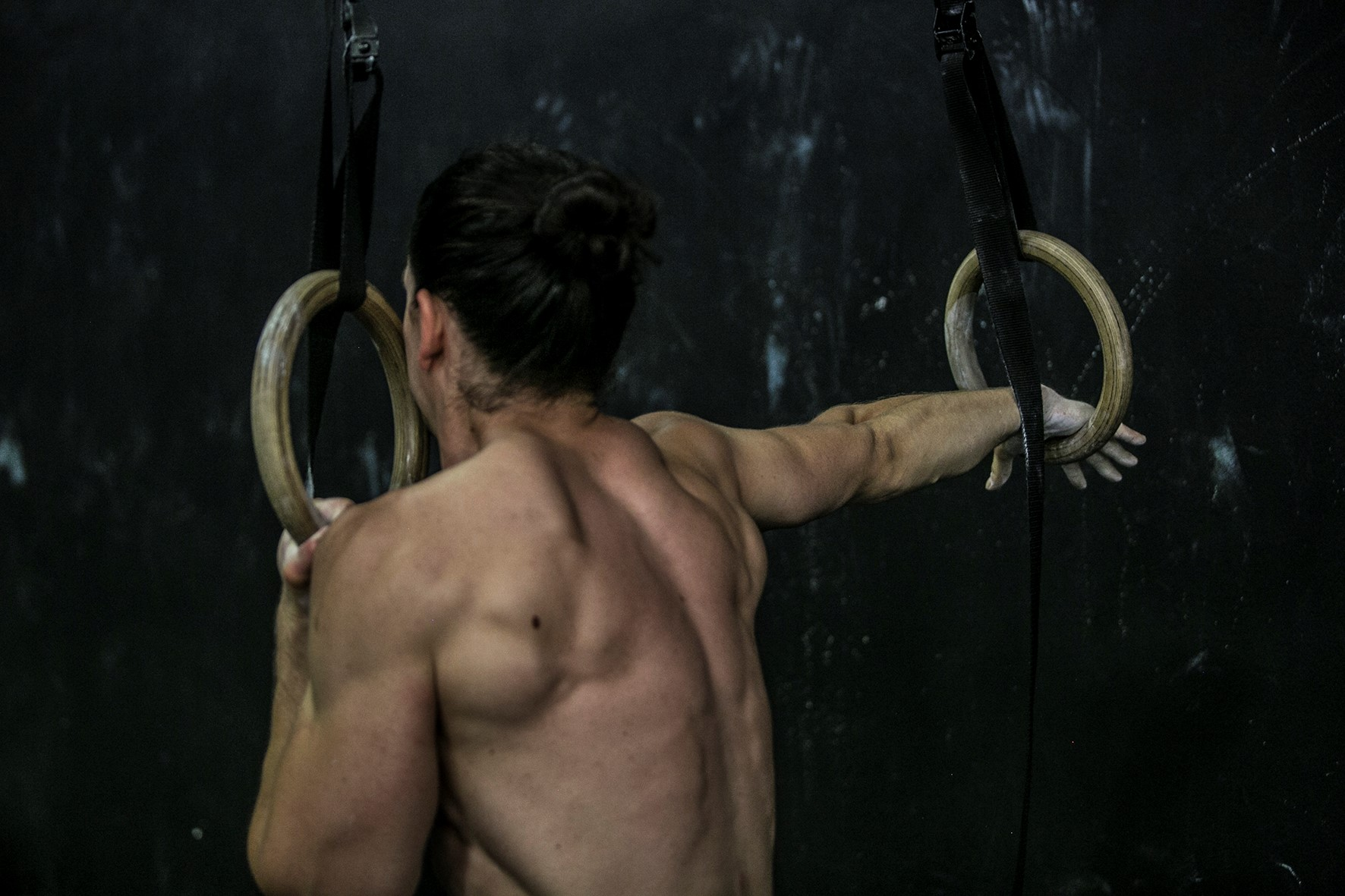 raztezanje, gimnastika, trening zgornjega dela telesa